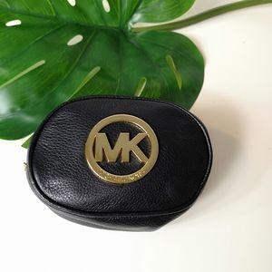 Michael kors little cosmetic bag
